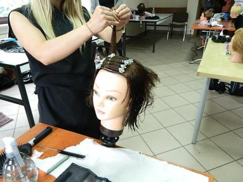 Próbny egzamin fryzjerski 29-30.05.2019